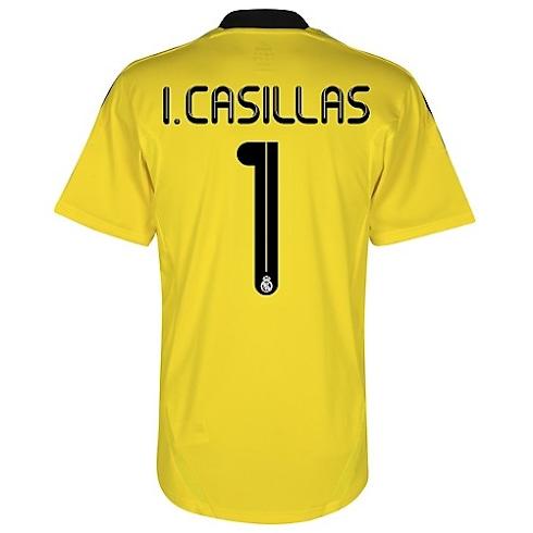 f9c7a242c88 Camiseta de Casillas Portero del Real Madrid 2011 2012 - EL UTILLERO