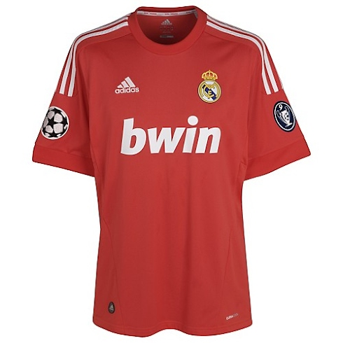 Camiseta roja del Real Madrid 2011/2012